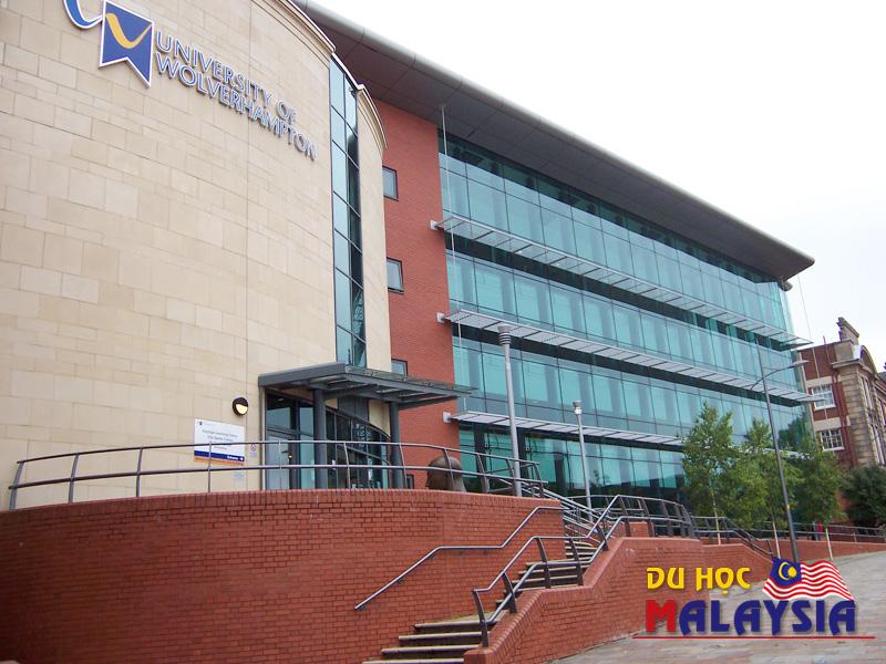 Trường Đại học Wolverhampton, UK
